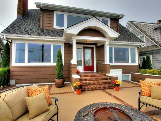 2657 36th Ave SW, Seattle, WA 98126