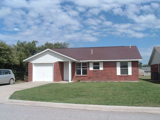 1209 SW Tennessee Ave, Lawton, OK 73501