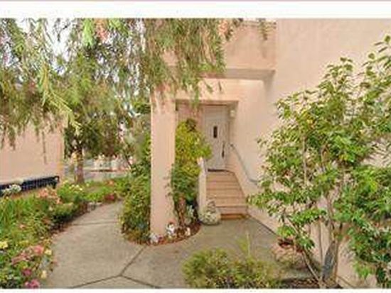 824 Mediterranean Ln, Redwood City, CA 94065