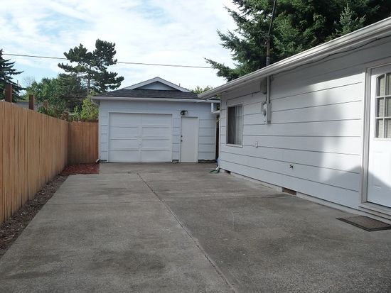 6647 N Astor St, Portland, OR 97203