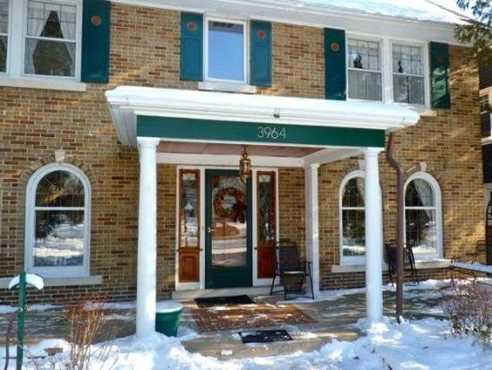 3964 N Stowell Ave, Shorewood, WI 53211