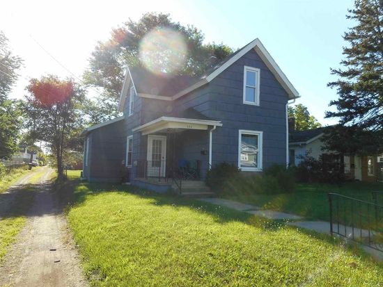 926 S 25th St, South Bend, IN 46615
