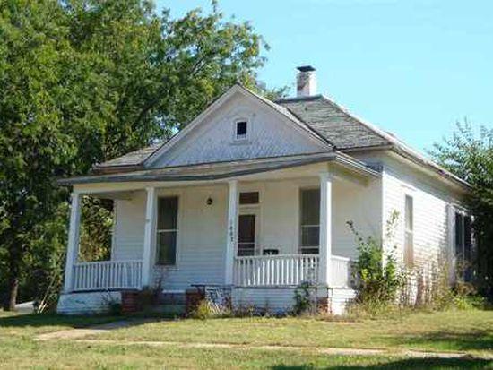 1803 P St, Auburn, NE 68305