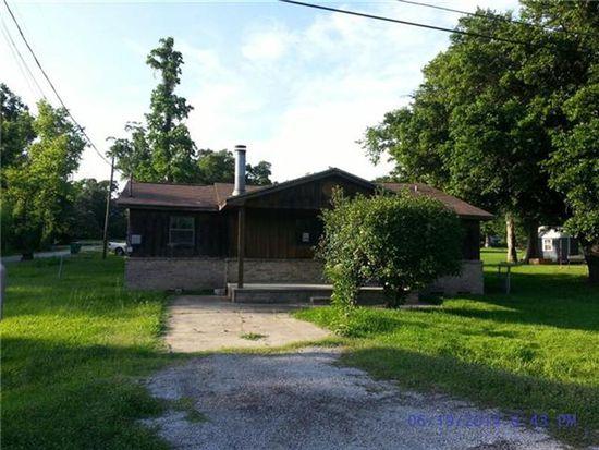 1270 Woodrow St, Silsbee, TX 77656