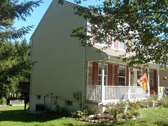 157 Henry Ave, Boyertown, PA 19512