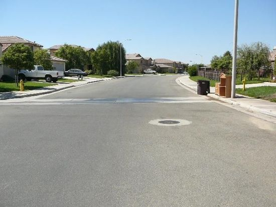 660 Brookside Ln, Beaumont, CA 92223
