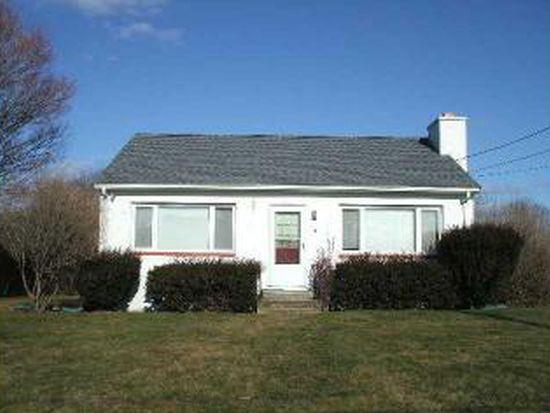 16 Green Meadow Dr, Narragansett, RI 02882