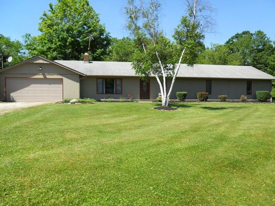 6305 Neff Rd, Valley City, OH 44280