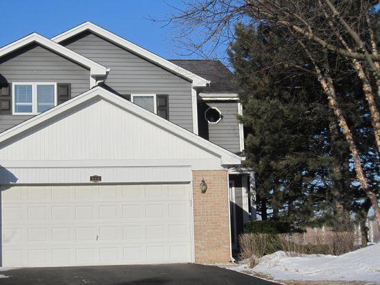 900 Garrett St, Westmont, IL 60559