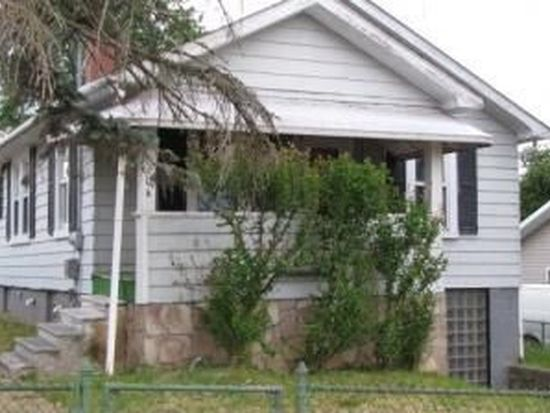 104 6th St, Beckley, WV 25801