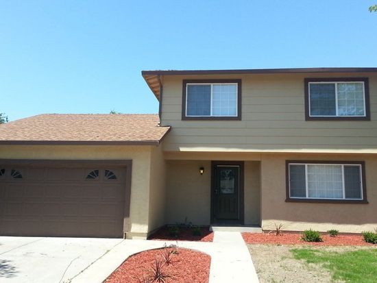 5 Megan Ct, Sacramento, CA 95838