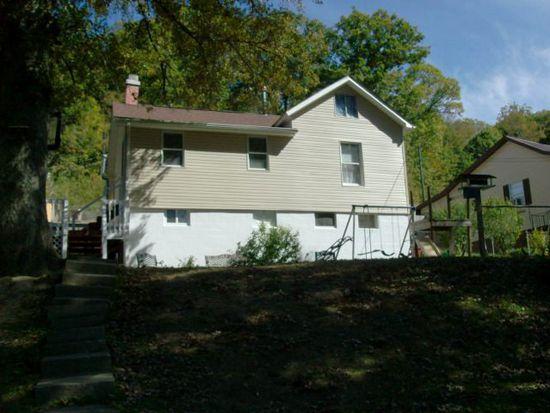 132 W Virginia St, Glen White, WV 25849