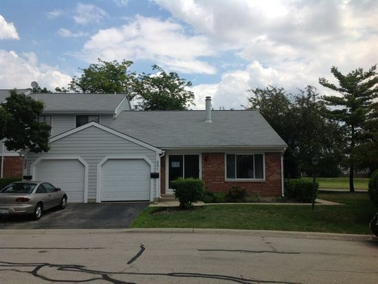 551 Alton Ct, Carol Stream, IL 60188