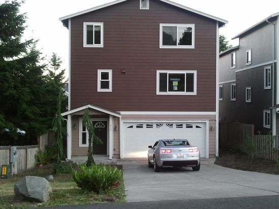 617 SW 4th Pl UNIT 2, Renton, WA 98057