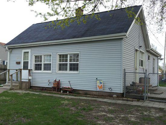 3213 Mckinley Ave, Davenport, IA 52802