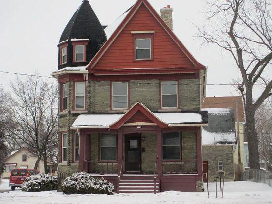 1350 W Locust St, Milwaukee, WI 53206