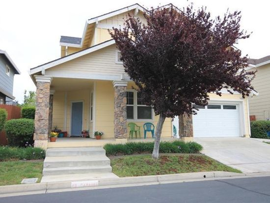 1079 Countrywood Ln, Vacaville, CA 95687