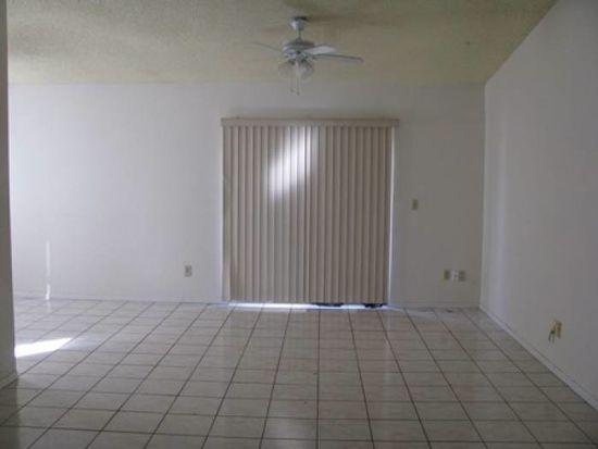 4735 White Willow Ln, Orlando, FL 32808