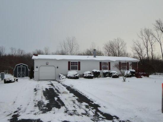 6300 Corwin Sta, Newfane, NY 14108