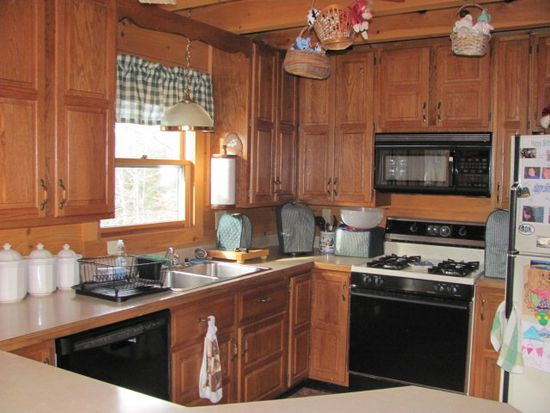 137 Stone Hill Rd, Old Forge, NY 13420