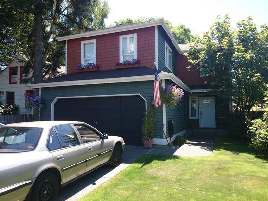 3529 SW 98th St, Seattle, WA 98126