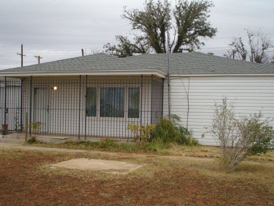 3703 E 4th St, Lubbock, TX 79403