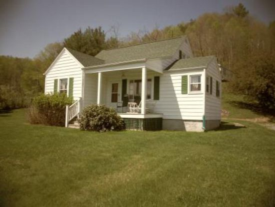 2439 Old Bramwell Rd, Bluefield, WV 24701