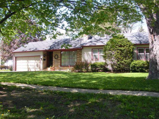 476 Golf Rd, Crystal Lake, IL 60014