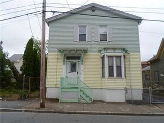 186 Lester St, Providence, RI 02907