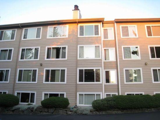 12027 15th Ave NE APT 302, Seattle, WA 98125