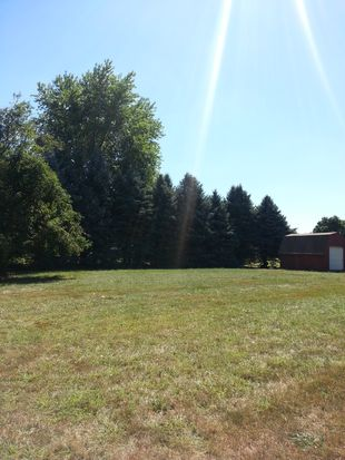 637 Yeagy Rd, Greenwood, IN 46142