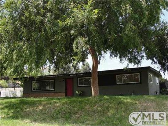 719 E Bobier Dr, Vista, CA 92084