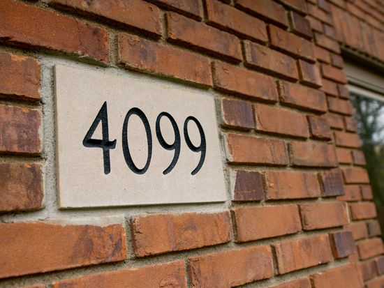 4099 Stoneroot Dr, Hilliard, OH 43026