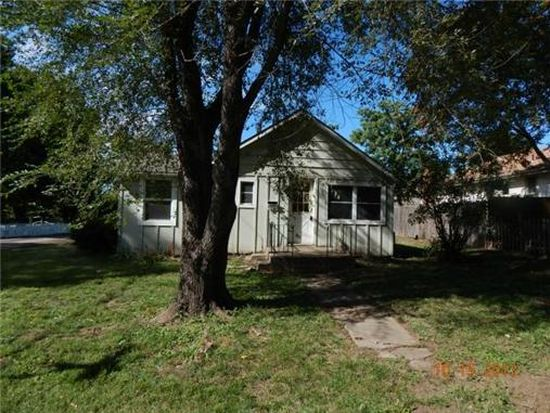 1618 S Pleasant St, Independence, MO 64055