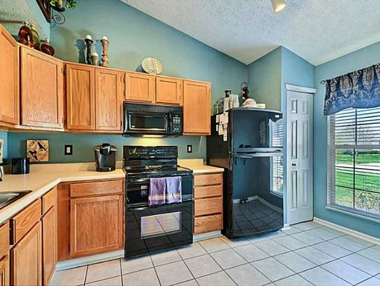 8419 Fort Sumter Dr, Indianapolis, IN 46227