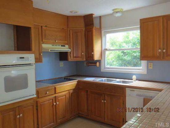 9705 Oakley Rd, Zebulon, NC 27597