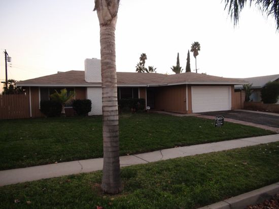 27461 Fisher St, Highland, CA 92346