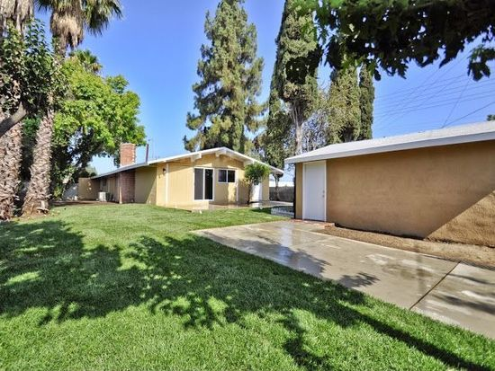 8856 Winnetka Ave, Northridge, CA 91324