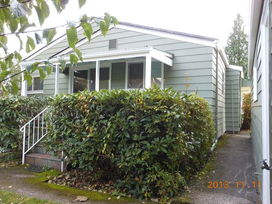 3208 NE 87th St, Seattle, WA 98115