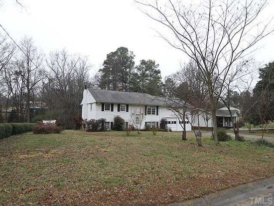 4213 Woodlawn Dr, Raleigh, NC 27616