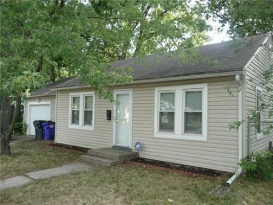 316 N Pine St, Olathe, KS 66061
