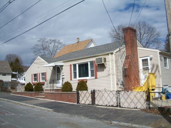 68 Noble St, Malden, MA 02148