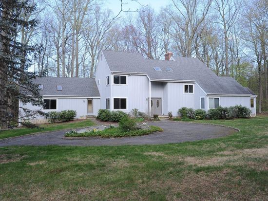 53 Fitch Ln, New Canaan, CT 06840