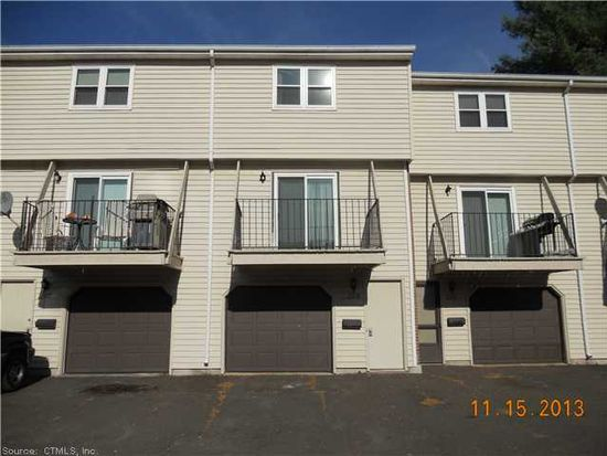 208 Blackstone Vlg UNIT 208, Meriden, CT 06450