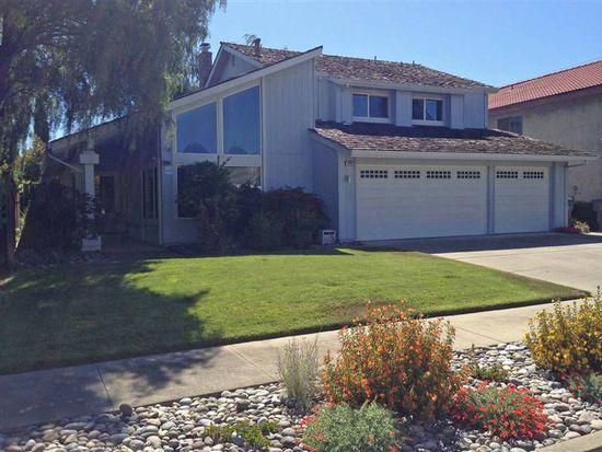 2261 Elkhorn Ct, San Jose, CA 95125