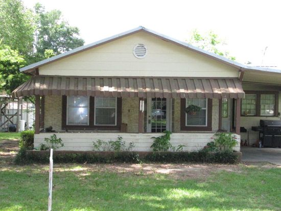 404 Summers Ave, Lumberton, MS 39455
