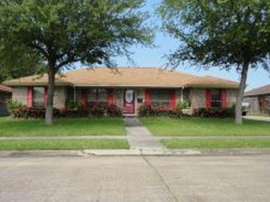 654 Birchwood Dr, Port Neches, TX 77651