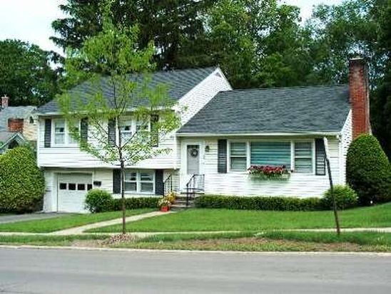 44 Beaver St, Cooperstown, NY 13326