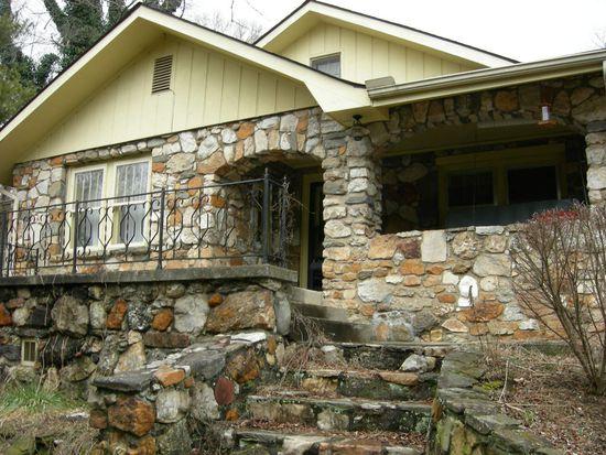 113 Hemphill Rd, Asheville, NC 28803
