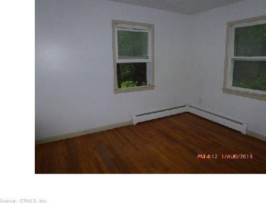 18 Cobbler Ln, New Milford, CT 06776